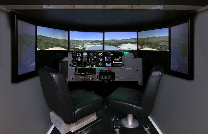 Redbird FMX configured as a PA44 with analog gauges
